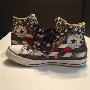 Converse Hi Tops Stars & Strips Gray & Red